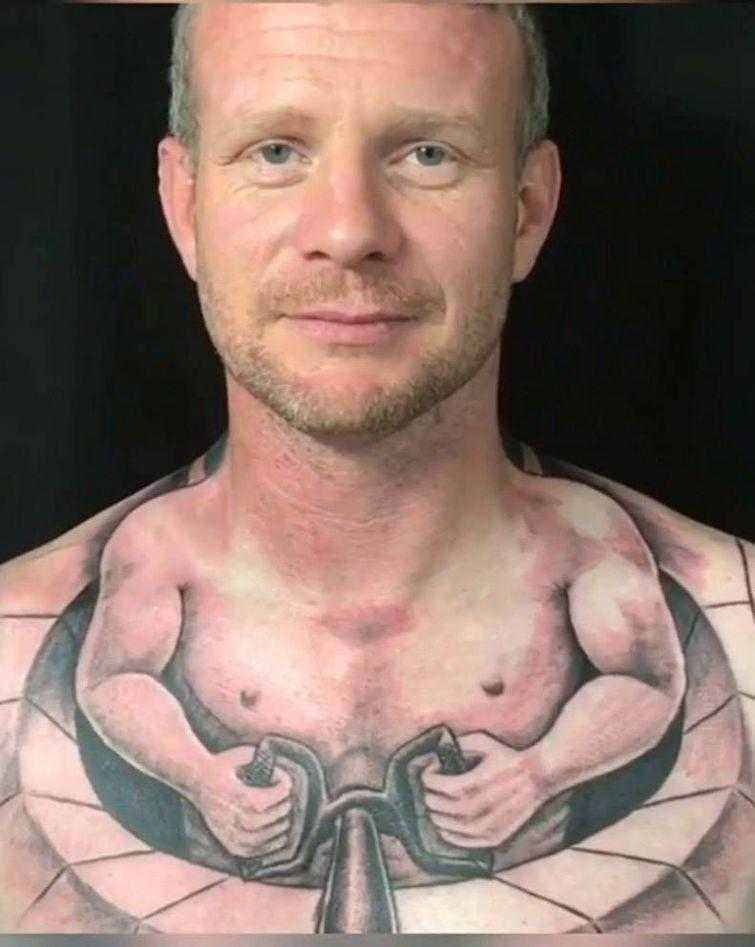 татуировки о которых пожалеют, тату пожалеют, смешные татуировки, нелепые татуировки