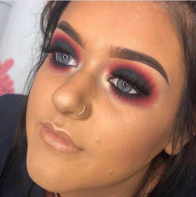 девушки думали что умеют хорошо краситься, странные макияжи